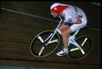 Link to http://www.photophil.demon.co.uk/images/obree01.jpg